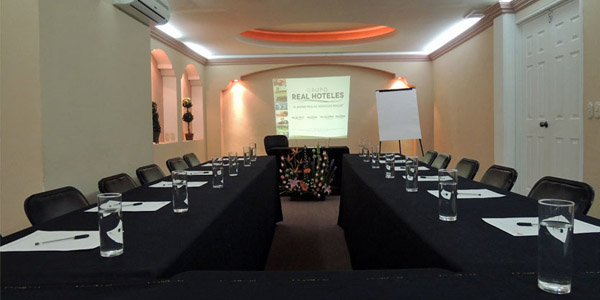 Salon Hotel Real Catedral